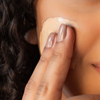 BB-Cream-Facial-com-FPS-80-Dermage--textura