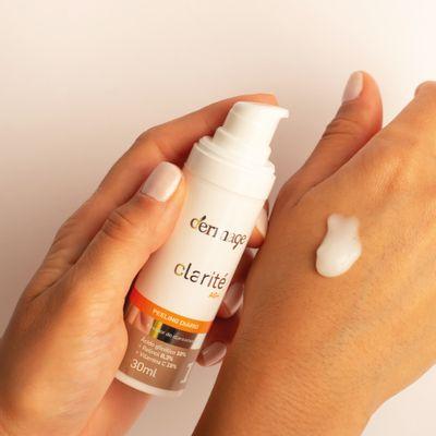 Serum-clareador-de-manchas-com-acido-glicolico-Clarite-AG--Dermage-textura